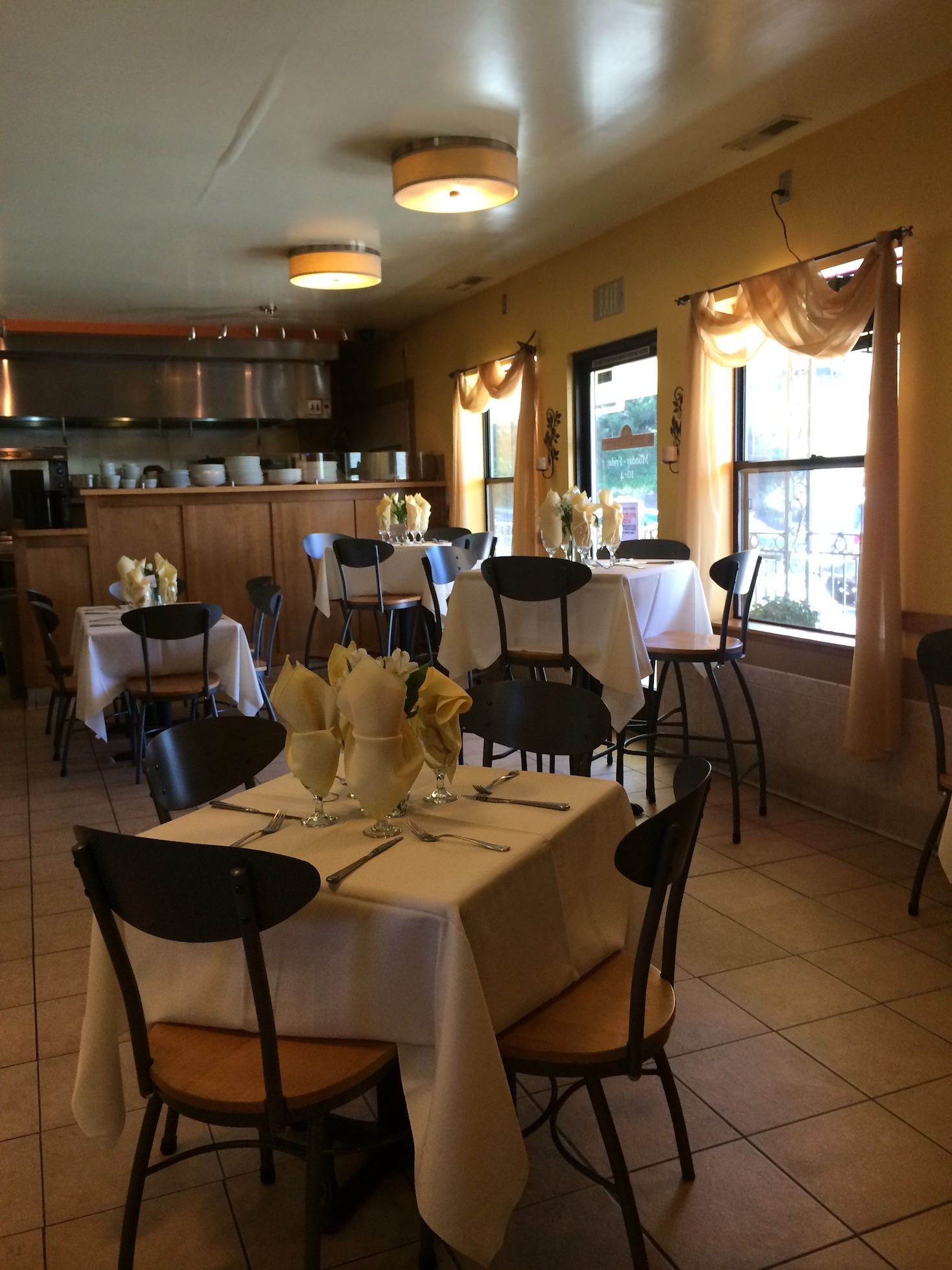 Amador county restaurant realty company for 10 x 11 room square feet