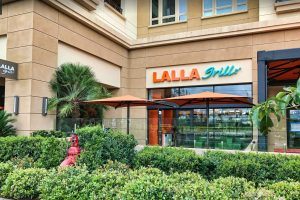 Lalla-Grill-front